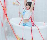浴室JK少女